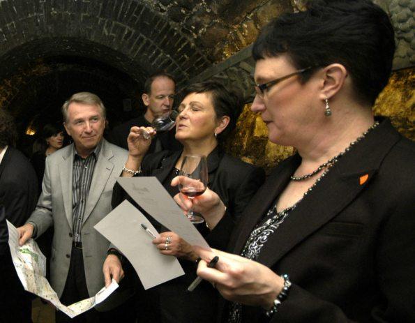 Pre-Dinner wine tasting at the Wine Museum in Paris